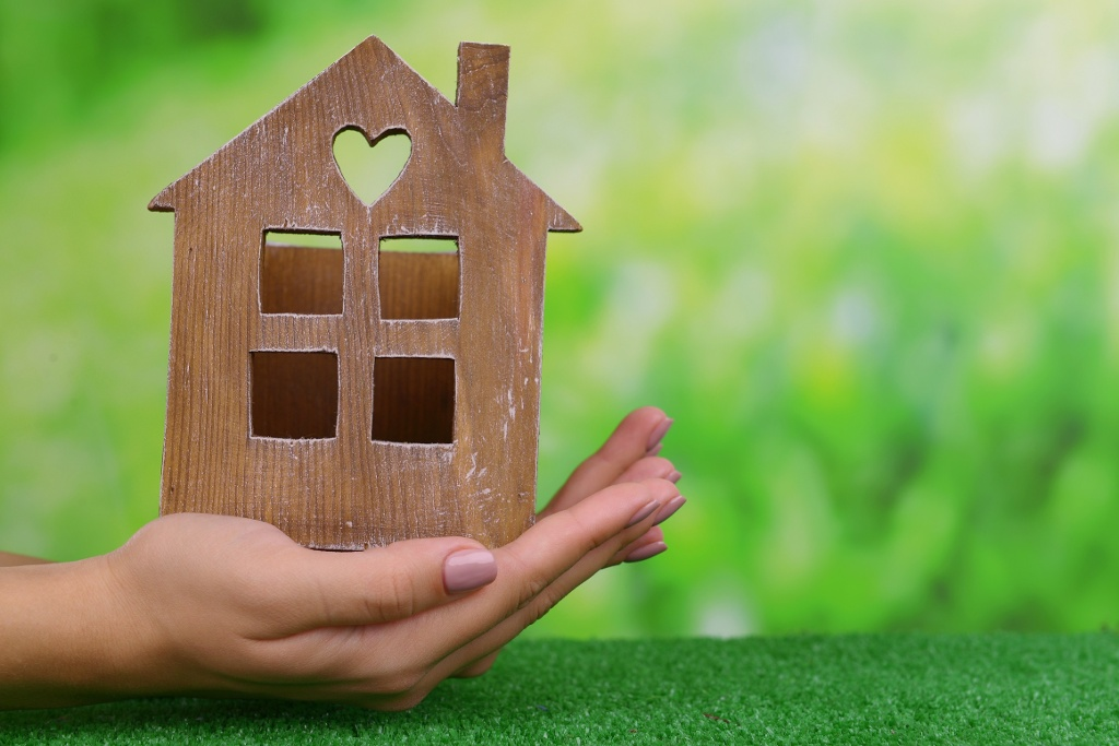 Why people should love estate agents