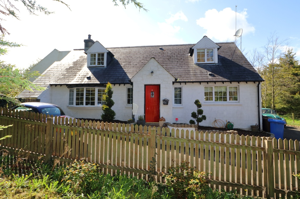Cosy, Country Cottage-Propertynews.com