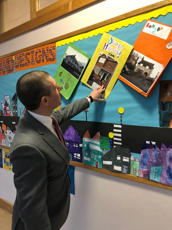 PINKERTONS PARTNER WITH BALLYHOLME PRIMARY TO INSPIRE FUTURE ESTATE AGENTS