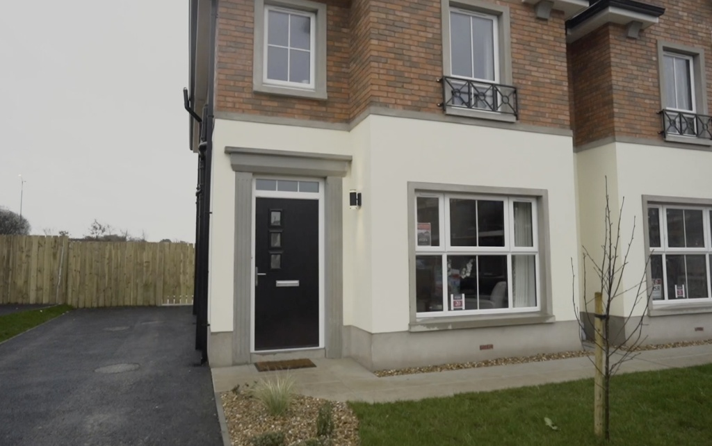 Show Home Open At Carnreagh Park