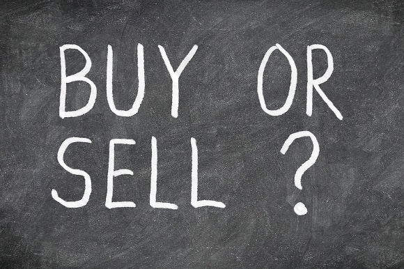 Should You Look Before You Sell?
