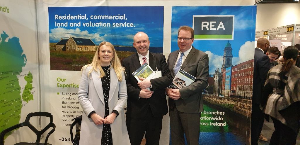 REA attend UK property Expo